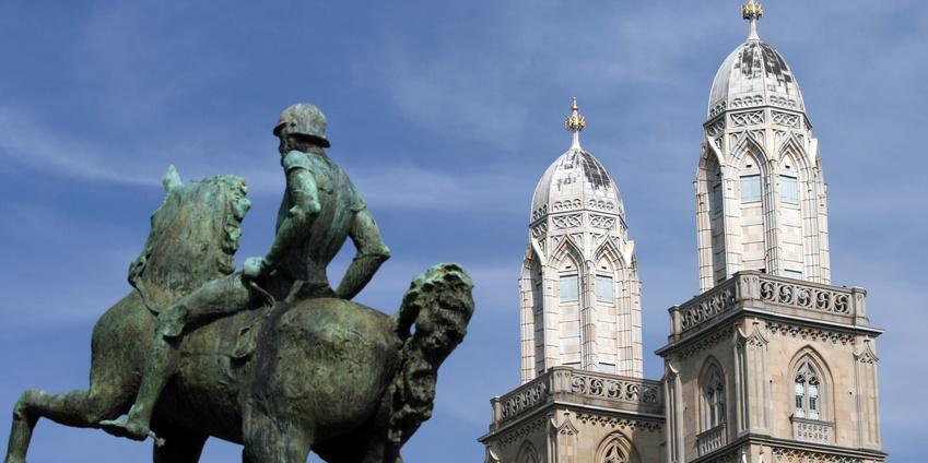 Stadtansicht Zürich - in Zürich betreiben wir eine Kanzlei die zu Fragen im Zusammenhang mit Stiftung Liechtenstein Familienstiftung etc. berät.